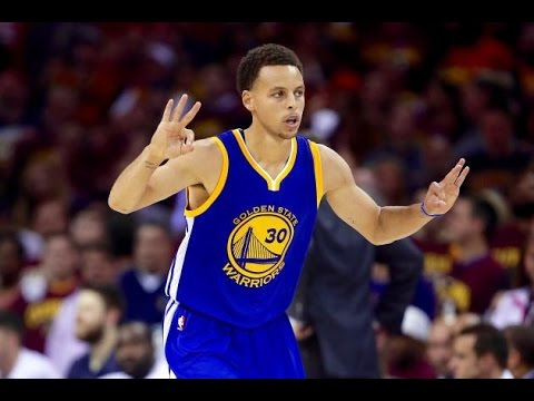 The Internet is Going Crazy Over Steph Curry's Game-Winning Shot